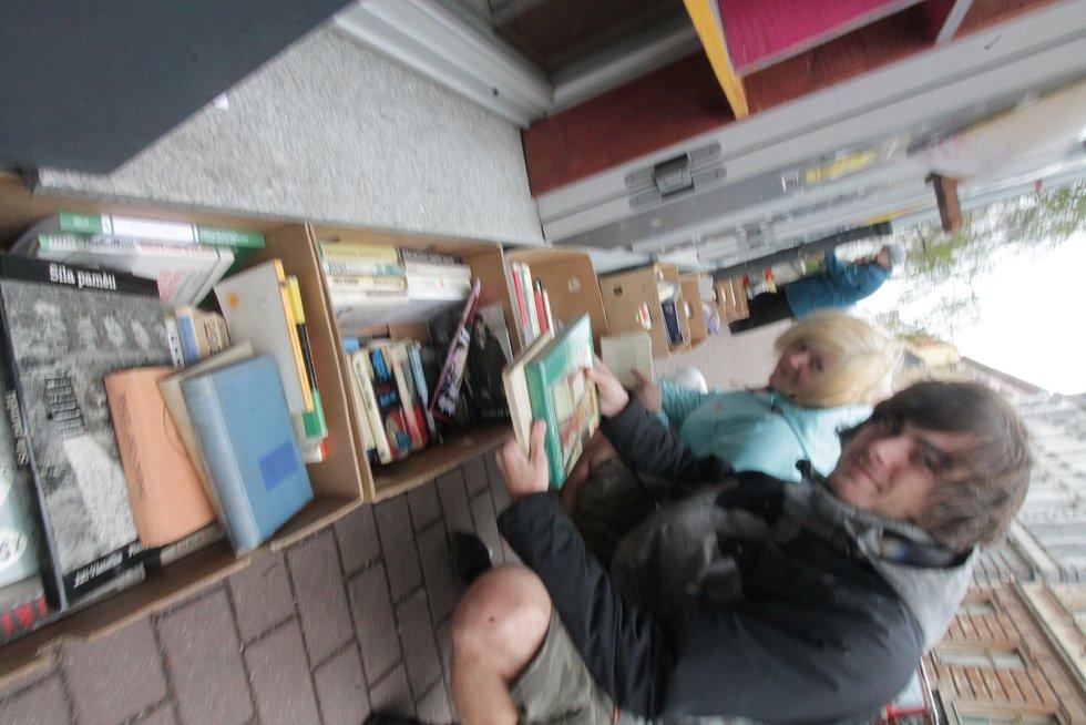 Knižní festival Literatura žije v Českých Budějovicích.