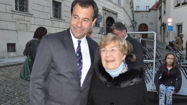 Lékař Martin Jan Stránský s Janou Kánskou, dcerou popravené političky Milady Horákové.