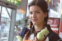 Tereza Huříková zdraví čtenáře Deníku z USA. Na snímku v létě před odletem do Pekingu.