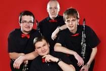 Klarinetové kvarteto z Prachatic rozbalí své nástroje na Stezce v korunách stromů.
