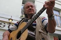 Milan Černohouz odešel do muzikantského nebe.