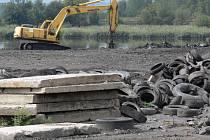 Rekultivace kalojemů má pod palcem státní podnik Diamo. Sanace ekologicky nebezpečných materiálů bude však trvat ještě řadu desetiletí.