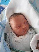 Martin Kočer poprvé pohlédl na tento svět v úterý 4.10.2011 v 9 hodin a 15 minut. Porodní váha malého Martínka, jehož domovem bude Dubné, je 2,98 kg. Pyšnými rodiči jsou Tereza Nováková a Martin Kočer.