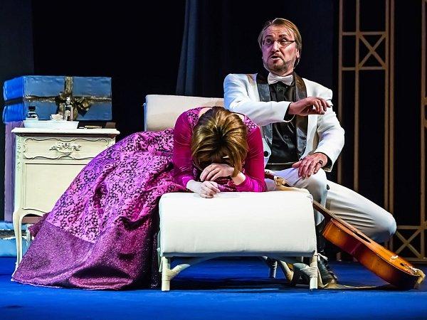 Širší nominaci na Cenu Thálie získal 3.února zpěvák Jihočeského divadla Alexandr Beň za roli Amonasra vinscenaci opery Aida.
