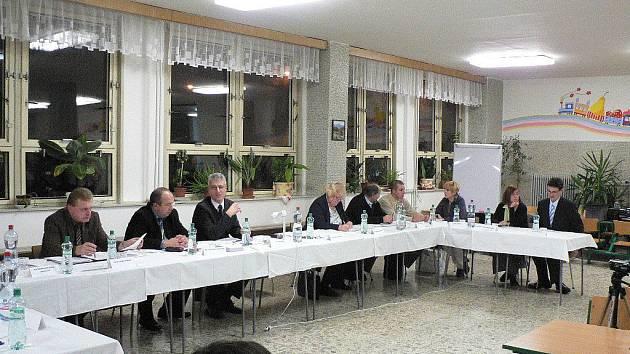 Ustavující zasedání rudolfovského zastupitelstva pro období 2010/2014.