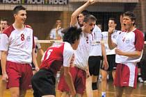 Junioři Jihostroje  doma dvakrát vyhráli a ve finále extraligy se ujali vedení 2:0 na zápasy. Zbývá jim tak jediný krůček k zisku mistrovského titulu.