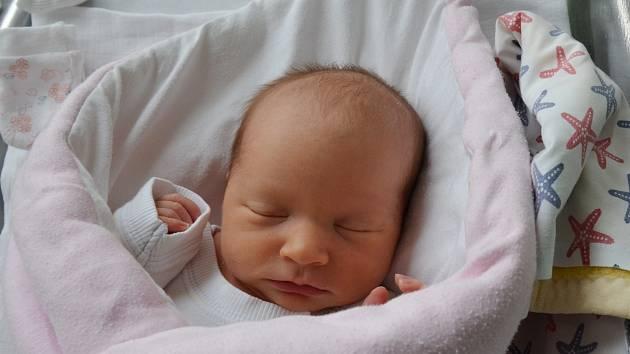 Kateřina Pojerová ze Strakonic. Prvorozená dcera Jitky Kutlákové a Martina Pojera přišla na svět 23 .9. 2021 v 8.24 h. Váha po porodu ukazovala 3,25 kg.Foto: Jana Krupauerová