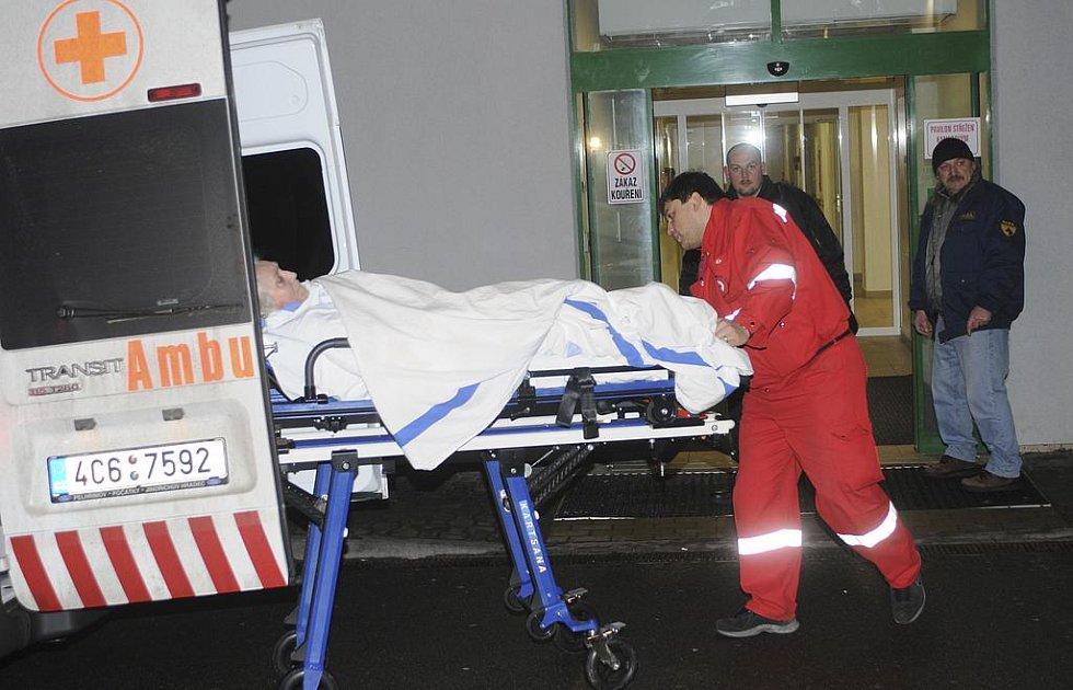 Vyšetřování únorového požáru v českobudějovické nemocnici se blíží ke svému závěru. Za hlavní příčinu tragédie označili policisté technickou závadu.