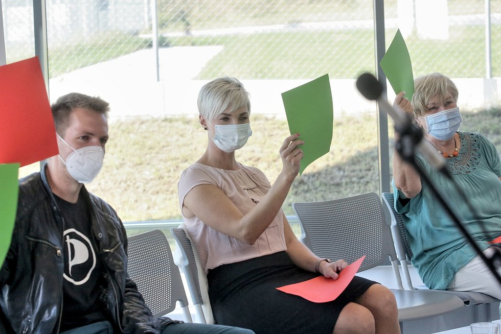 Předvolební debata Deníku tentokrát z českobudějovického letiště.