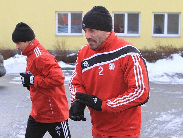 Hned po tiskové besedě se Tomáš Řepka vydal za mužstvem na soustředění do Frymburka.