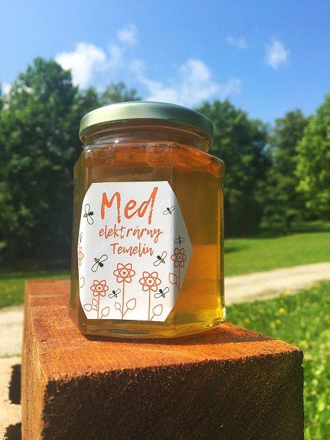 První várka vydala 45kg medu.