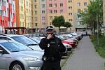 Ulice Václava Volfa v Českých Budějovicích byla v roce 2020 v květnu svědkem rodinného setkání, které skončilo rvačkou. Tři vážně zranění pak byli převezeni do nemocnice.