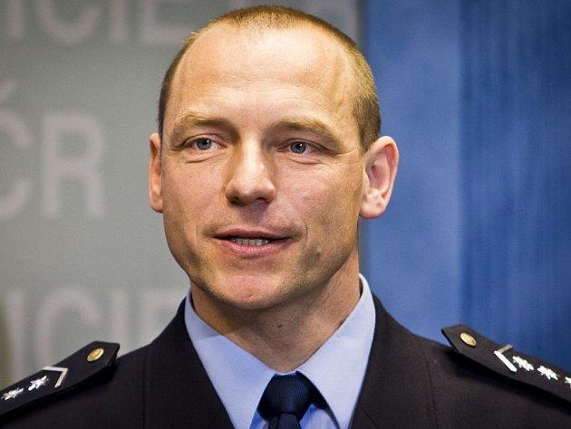 Plukovník Miloš Trojánek stojí v čele jihočeské policie od března. Letošní rok hodnotí jako velmi náročný, ale na druhou stranu také velmi úspěšný. Důvodů k radosti má hned několik.