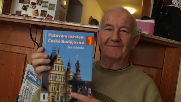 Jan Schinko, historik a spisovatel právě vydal knihu.