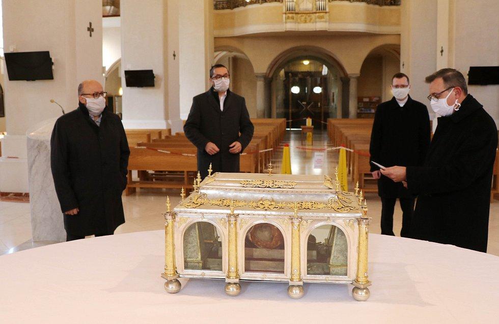 Modlitba za město a jeho obyvatele v katedrále sv. Mikuláše.