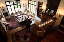 Hlavní obývací místnost.