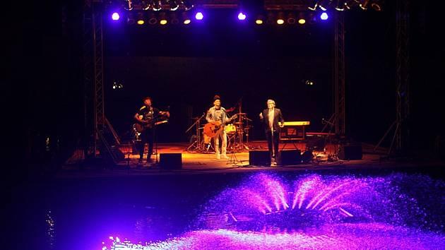 Na závěr festivalu vystoupil v pondělí Miro Žbirka.
