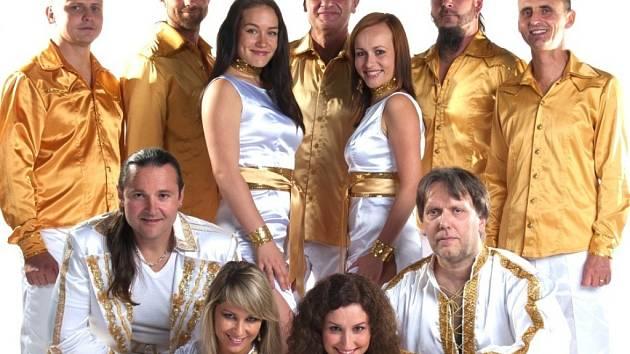 ABBA WORLD REVIVAL nabídne v českobudějovickém Metropolu velkolepou show.