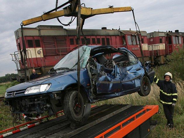 Dopravní nehody na nechráněných železničních přejezdech nejsou ojedinělé. K rizikovým patří také přejezd na Včelné u Českých Budějovic, kde se stala  nehoda letos v září.