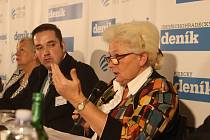 Pořádek v Jihočeských nemocnicích dostala za úkol Zuzana Roithová. Na archivním snímku při setkání s jihočeskou hejtmankou Ivanou Stráskou organizovaném Deníkem.