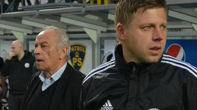 František Cipro se svým asistentem Davidem Horejšem.