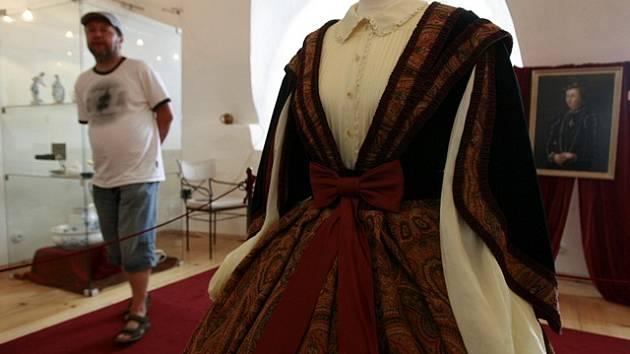 Historické šaty na hradě Rožmberk.
