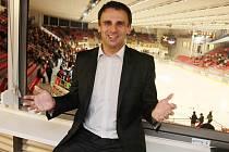 Jiří Zimola chodí na hokej velice rád.