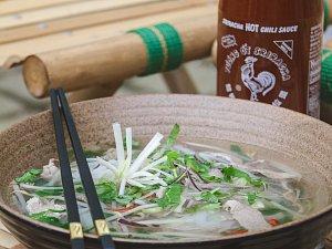 Na polévce Pho ga si pochutnáte doma, pokud si ji dle receptu připravíte, nebo na sobotním festivalu.