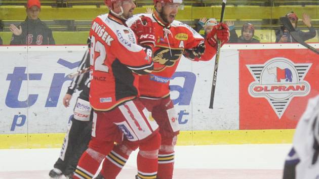 Tomáš Nouza (vpravo) s Tomášem Divíškem.