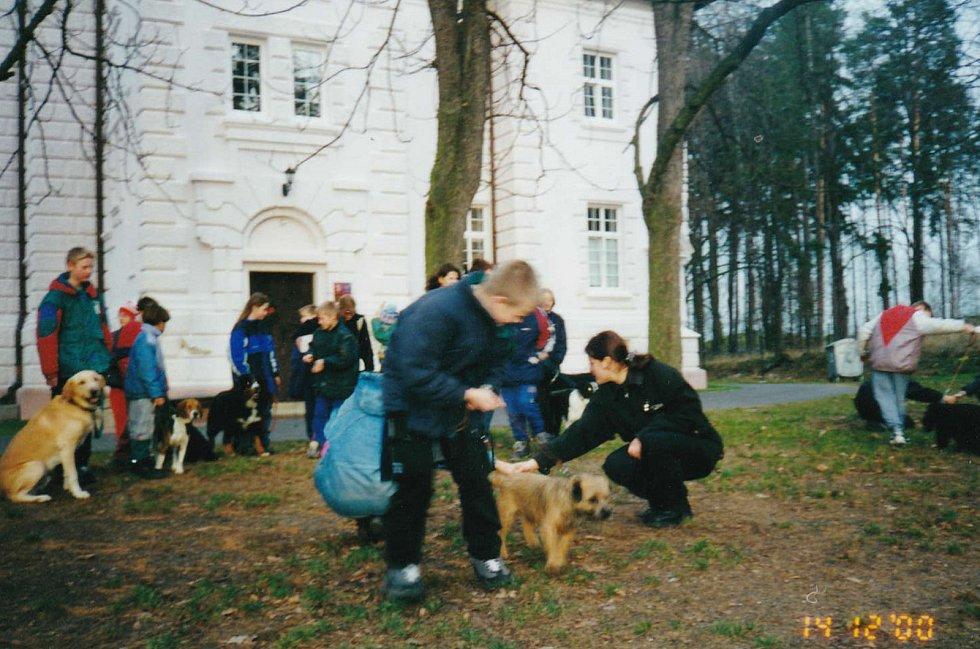 Dětský domov Boršov nad Vltavou v roce 2000.