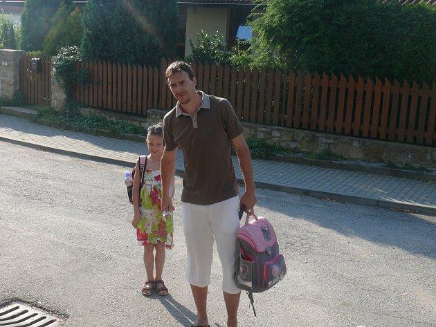 Jiří Šimánek s dcerou Adélkou