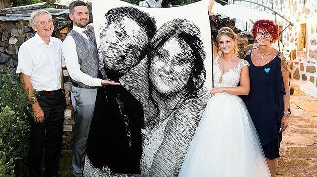 Dost pracný svatební dar!