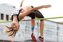 NAD LAŤKOU. Adriana Zykánová patří věkem do juniorské kategorie, ale často se prosazuje i mezi ženami.