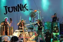 V novém Centralu zahraje také anglická kapela JunNK.