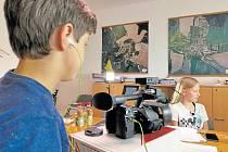 Děti ze Základní a mateřské školy Hosín už si vyzkoušely udělat rozhovor například se starostou Janem Říčánkem.