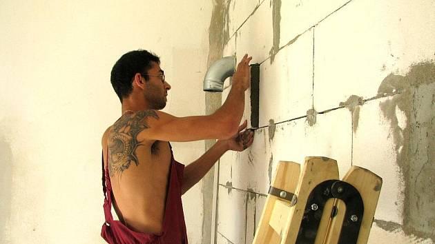 V budějovickém Centru sociálních služeb nyní opravují seniorům byty, kde je celkem 143 lůžek.