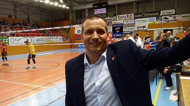 """""""Jihostroj chce nabrat mentální sílu pro boje o medaile,"""" říká asistent trenéra Tomáš Skolka."""