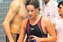 Dominika Hovorková z Koh – i – nooru Č. Budějovice patří v současné době k největším nadějím jihočeského plavání. Poprvé byla nominována na mezistátní osmiutkání.
