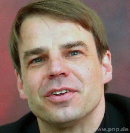 Stefan Oster.