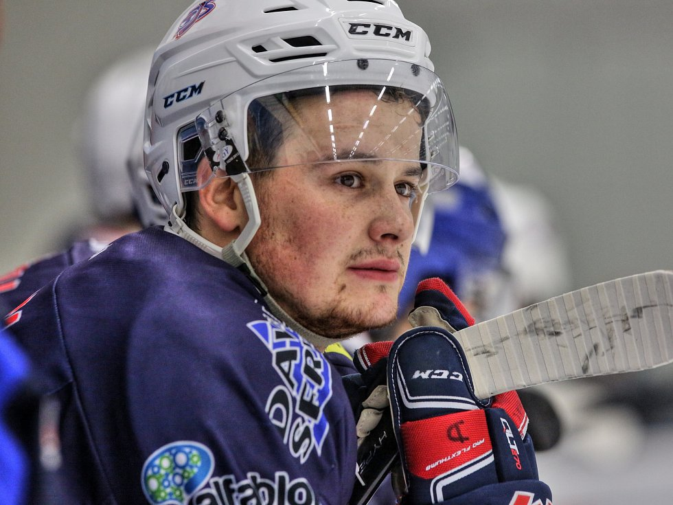 BOJOVNÍK. Jiří Bárta hraje v zápasech play off proti Havlíčkovu Brodu srdcem.
