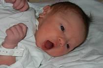 Lucinka Jungvirtová se narodila v sobotu 6.4.2013 v 10.09 hodin v českobudějovické porodnici. Po porodu vážila 3,13 kg. Doma se jí již nemohla dočkat téměř čtyřletá sestřička Klárka. Obě holčičky bydlí s rodiči v Českých Budějovicích.