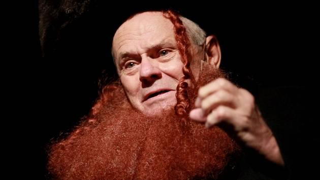 Shylock. Do Českých Budějovic přijede Milan Kňažko, slovenský herec oceněný Thálií za výkon ve hře Shylock.