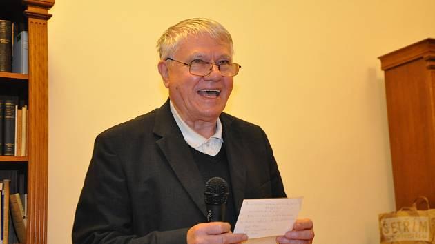 Středeční diskuze s biskupem Václavem Malým.