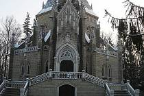 Hrobka v Domaníně je v pozůstalosti Adolfa Schwarzenberga.