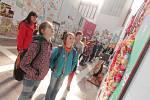 Na 1500 dětských prací nabízí výstava Když se hudba vybarví, která začala 2. dubna v hlubocké jízdárně Alšovy jihočeské galerie. Potrvá do 21. dubna a vstup je zdarma.