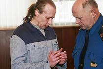 Jaroslav Steinbauer stojí znovu před soudem za vraždu U Špačků