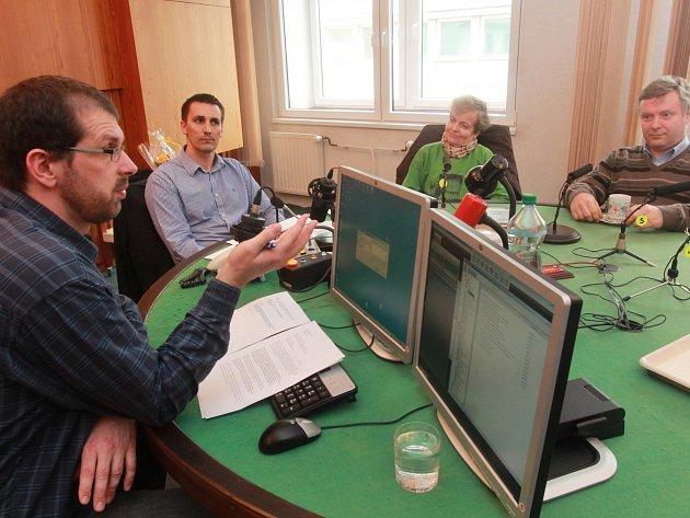 Debata v Českém rozhlasu České Budějovice na téma havarijní rizika Jaderné elektrárny Temelín.