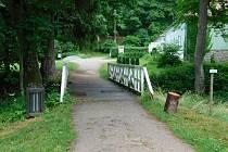 Návštěvníci Terčina údolí musí být obezřetní kvůli opravám mostků.