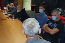 Zástupci hnutí Čistý hattrick vyrazili mezi kluby