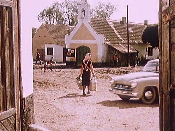 Záběr zfilmu Kam čert nemůže. Natáčelo se ve Zbudově.